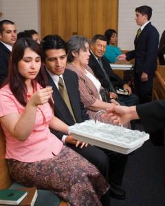 Assister aux réunions dominicales des Mormons