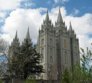 Qu'est-ce que les jeunes font dans les temples mormons?